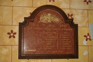 Plaque de l'église de Saint-uniac: plaque-eglise-st-uniac-300x200